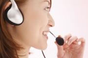 コールセンターで資格を活かす女性のイメージ写真